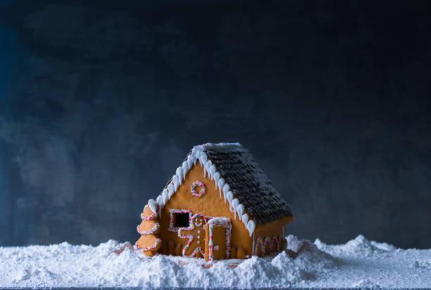 Gingerbread house:スマホ壁紙(壁紙.com)