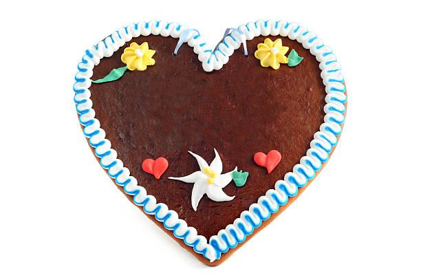 A gingerbread love heart shaped cookie:スマホ壁紙(壁紙.com)