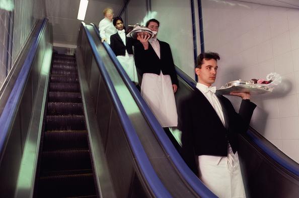 Waiter「The Dorchester Hotel」:写真・画像(12)[壁紙.com]