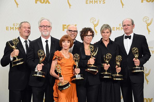 Gary Goetzman「67th Annual Primetime Emmy Awards - Press Room」:写真・画像(1)[壁紙.com]