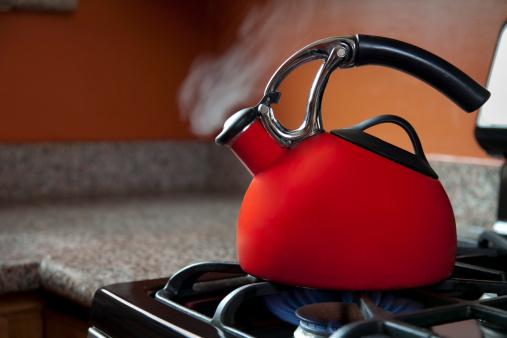 Boiling「Shiny Red Tea Pot」:スマホ壁紙(3)