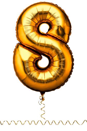 数字の8「Gold balloon in the shape of a number eight」:スマホ壁紙(15)