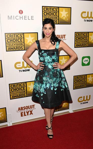 Strap「4th Annual Critics' Choice Television Awards - Press Room」:写真・画像(9)[壁紙.com]