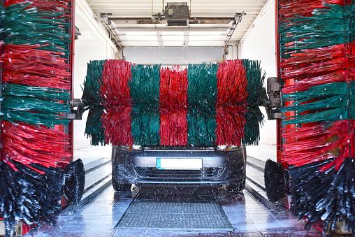 Car Wash「Car in a car wash」:スマホ壁紙(3)