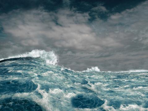 Tsunami「Stormy Ocean」:スマホ壁紙(18)