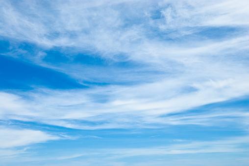 Overcast「Cirrus Cloudscapes」:スマホ壁紙(1)