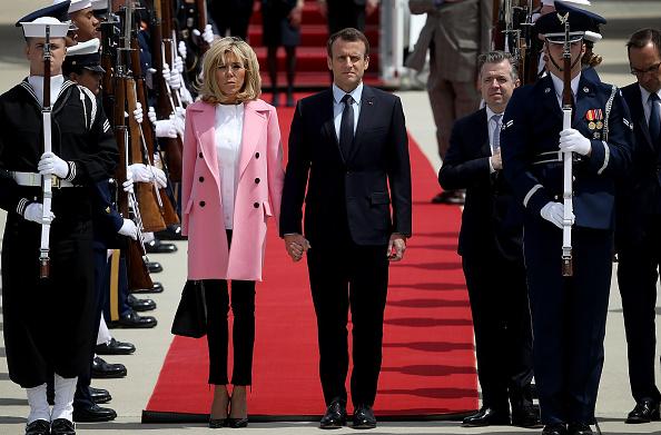 Joint Base Andrews「President Macron Of France Arrives In U.S. For State Visit With Trump」:写真・画像(4)[壁紙.com]
