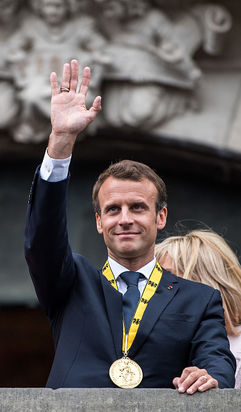 Alternative Pose「City Of Aachen Awards Charlemagne Prize To Emmanuel Macron」:写真・画像(9)[壁紙.com]
