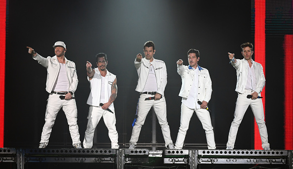 Five People「New Kids On The Block In Concert - Las Vegas, NV」:写真・画像(5)[壁紙.com]