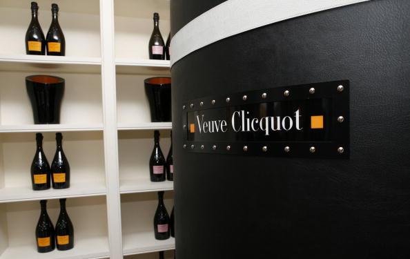 DeBeers「Veuve Clicquot Hosts viewing of Neil Lane for De Beers Jewelry Collection」:写真・画像(16)[壁紙.com]