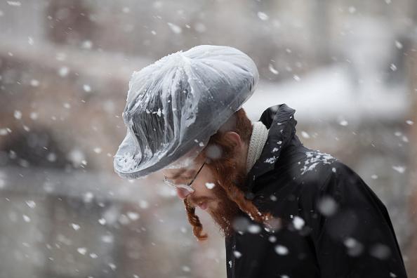 Uriel Sinai「Snow Blankets Jerusalem As Winter Storm Hits Israel」:写真・画像(16)[壁紙.com]