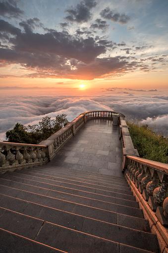 Ethereal「View above clouds at Corcovado mountain, Rio de Janeiro, Brazil」:スマホ壁紙(2)