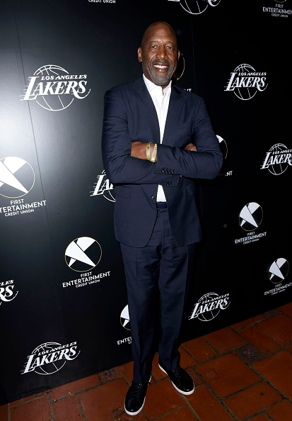 James Worthy「First Entertainment x Los Angeles Lakers and Anthony Davis Partnership Launch Event, March 4 in Los Angeles」:写真・画像(11)[壁紙.com]