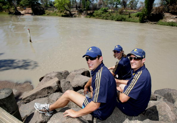 イーストアリゲーター川「Australian Cricketers Visit Remote Aboriginal Towns Of Oenpelli And Ja」:写真・画像(2)[壁紙.com]