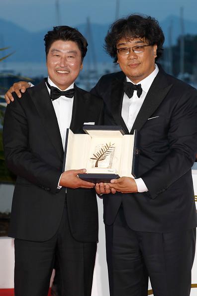 Parasite - 2019 Film「Palme D'Or Winner Photocall - The 72nd Annual Cannes Film Festival」:写真・画像(7)[壁紙.com]