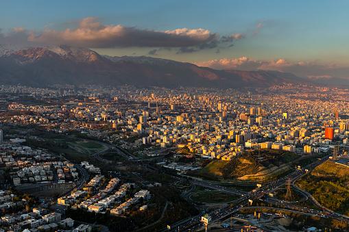 Tehran「City & Alborz mountain range from Milad Tower」:スマホ壁紙(7)