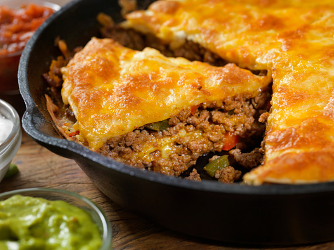 Sour Cream「Layered, Beef Taco Pie Baked in a Cast Iron Skillet with Sour Cream, Salsa and Guacamole」:スマホ壁紙(11)