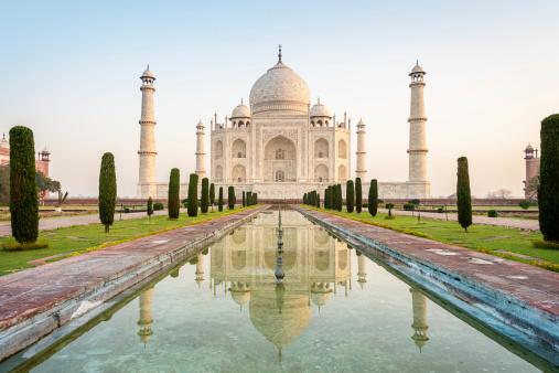 India「Taj Mahal Monument at Sunrise Agra, India」:スマホ壁紙(19)