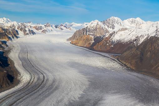 Kaskawulsh Glacier「St. Elias Mountains and Kaskawulsh Glacier in Kluane National Park, Yukon Territory, Canada」:スマホ壁紙(5)