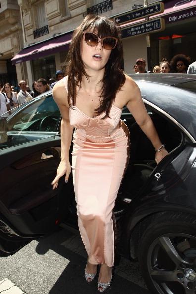 Bangs「Jean Paul Gaultier: Arrivals - Paris Fashion Week Haute Couture F/W 2011/2012」:写真・画像(16)[壁紙.com]
