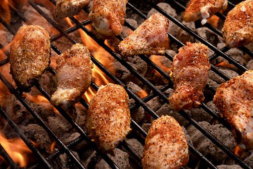 Ketogenic Diet「Barbecued Buffalo Chicken Wings On A Fiery Grill」:スマホ壁紙(12)