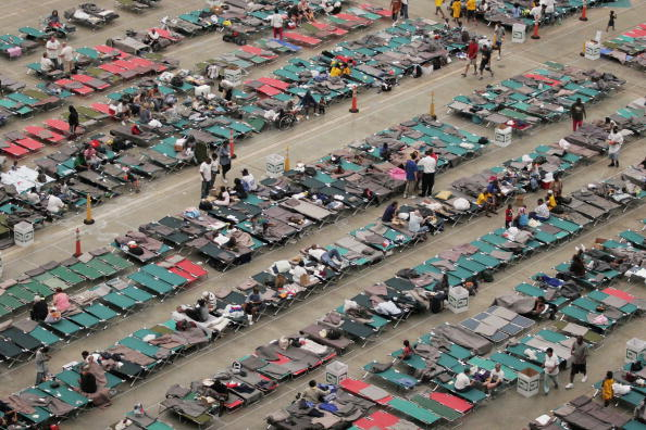 Houston Astrodome「Shelters For Katrina Victims Relocated To Houston」:写真・画像(19)[壁紙.com]