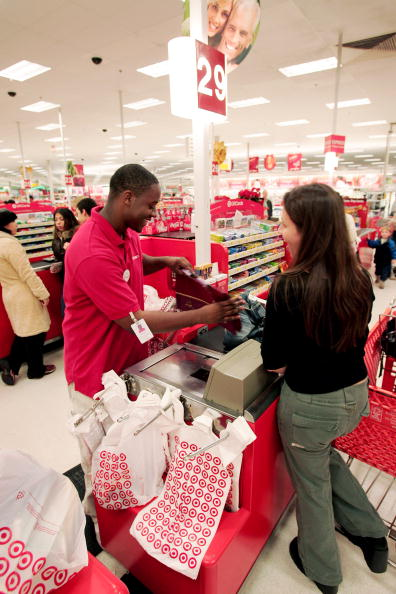 Sports Target「Christmas Shopping Season is Underway」:写真・画像(12)[壁紙.com]