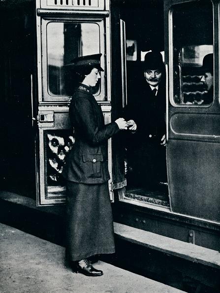 Railroad Car「A woman ticket inspector at work, c1914.」:写真・画像(14)[壁紙.com]