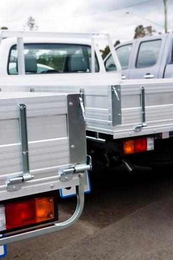 Car Dealership「Closeup rear view of white small trucks - ute」:スマホ壁紙(6)