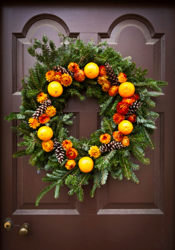 Needle - Plant Part「Rustic Holiday Wreath」:スマホ壁紙(13)