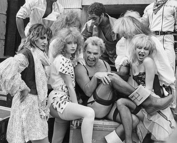 Garter Belt「Freddie Starr」:写真・画像(11)[壁紙.com]