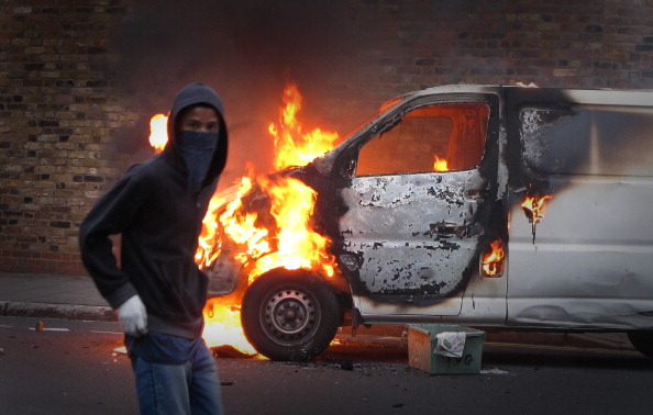 Crime「Riots And Looting Continues Across London」:写真・画像(9)[壁紙.com]