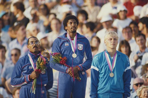 オリンピック「XXIII Olympic Summer Games」:写真・画像(4)[壁紙.com]