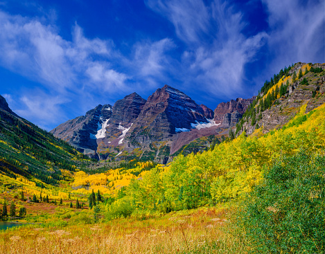 Aspen - Colorado「The Rocky Mountains Maroon Bells With Autumn Aspen Trees,CO」:スマホ壁紙(15)