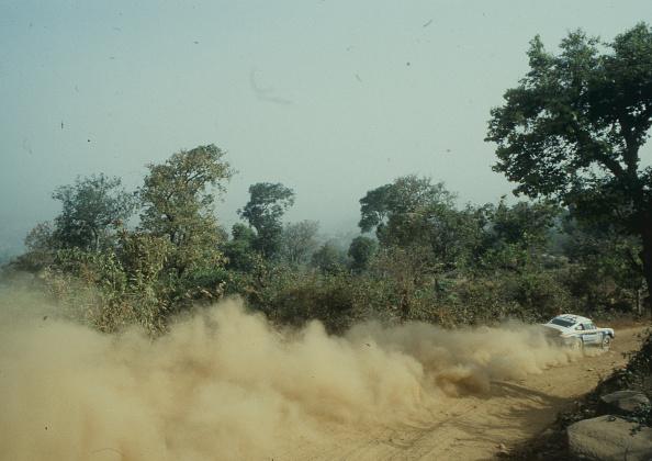 自動車レース「Paris Dakar Rally」:写真・画像(3)[壁紙.com]