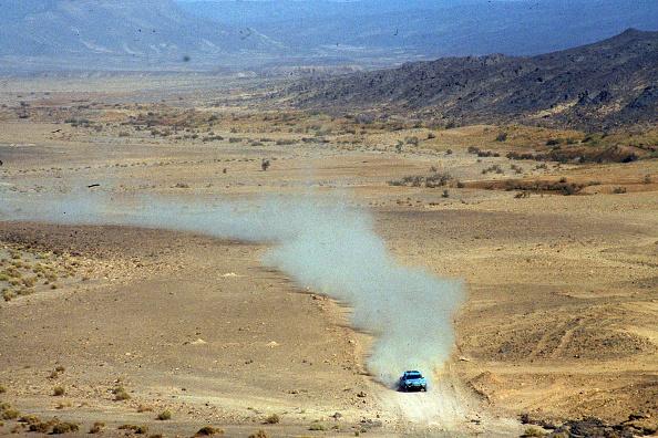 自動車レース「Paris Dakar Rally」:写真・画像(4)[壁紙.com]