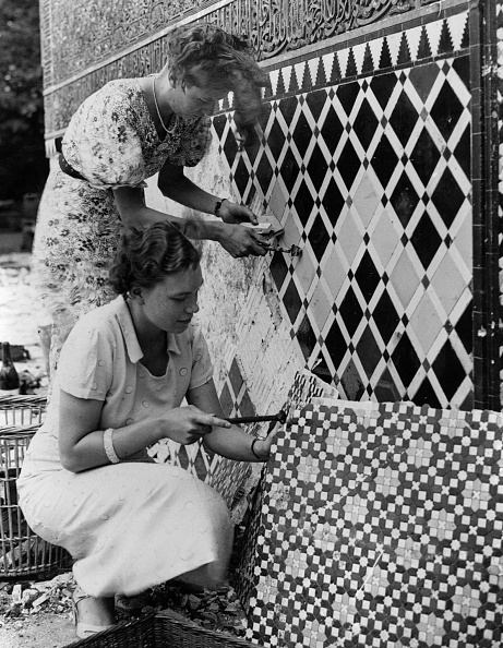 Fred Morley「Mosaics For Sale」:写真・画像(7)[壁紙.com]