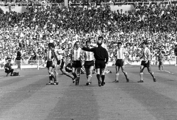 Argentinian Ethnicity「Pitch Argument」:写真・画像(9)[壁紙.com]