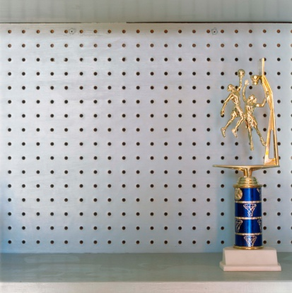 Trophy - Award「Basketball trophy on shelf」:スマホ壁紙(17)