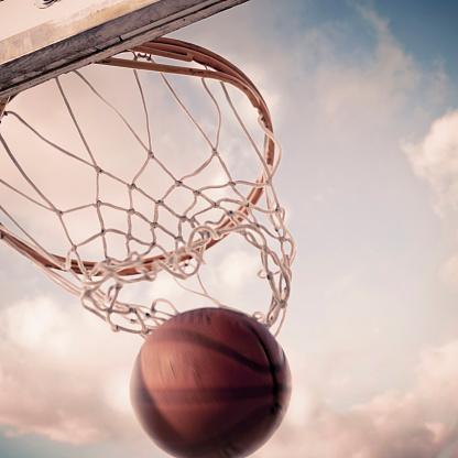 Taking a Shot - Sport「Basketball falling through hoop on court」:スマホ壁紙(1)