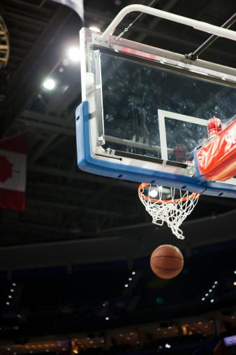 Best shot「Basketball falling through hoop」:スマホ壁紙(19)