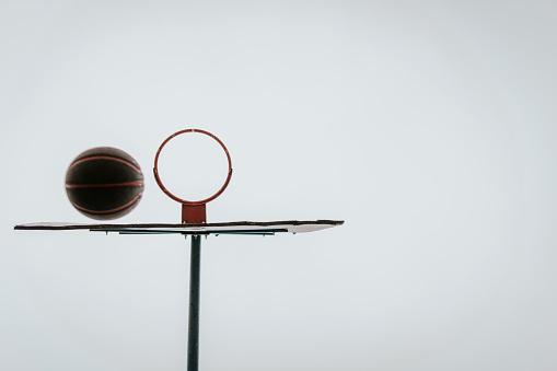 バスケットボール「バスケットボールのバスケット」:スマホ壁紙(5)