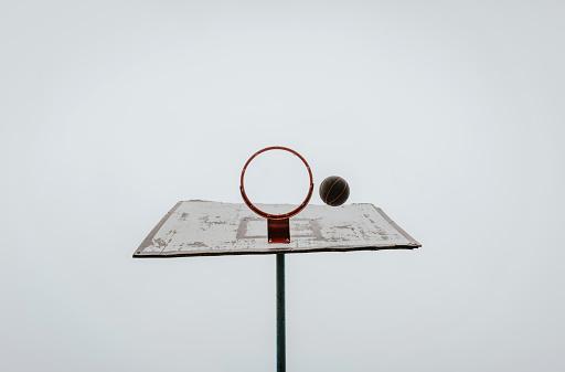 バスケットボール「バスケットボールのバスケット」:スマホ壁紙(3)