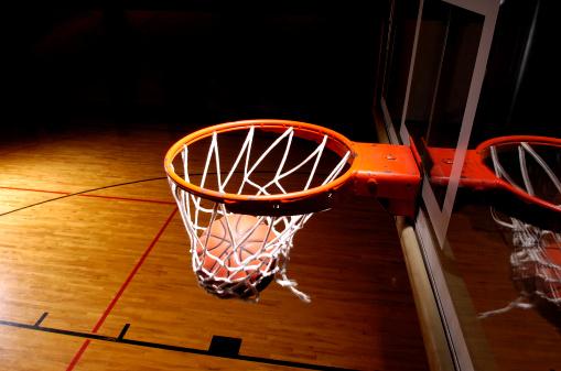バスケットボール「バスケットゴール、ボール」:スマホ壁紙(4)