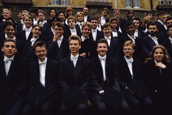 Tom Stoddart Archive「Oxford Graduates」:写真・画像(11)[壁紙.com]
