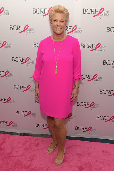Breast「Breast Cancer Research Foundation New York Symposium and Awards Luncheon - Arrivals」:写真・画像(15)[壁紙.com]