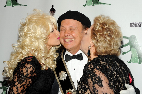 Billy Crystal「18th Annual 'Hulaween In The Big Easy' Event」:写真・画像(15)[壁紙.com]