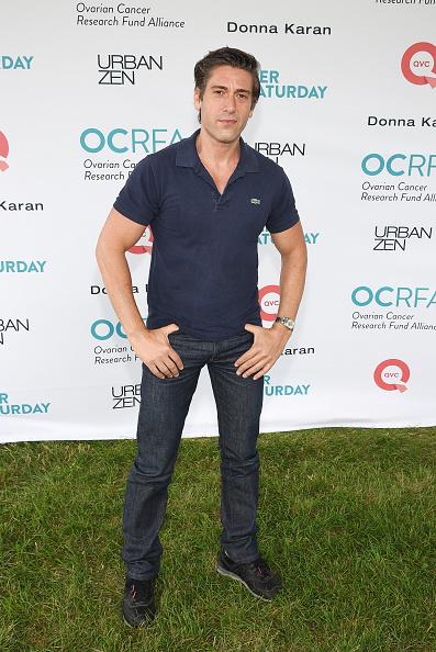 Wristwatch「OCRFA's 20th Annual Super Saturday To Benefit Ovarian Cancer」:写真・画像(3)[壁紙.com]