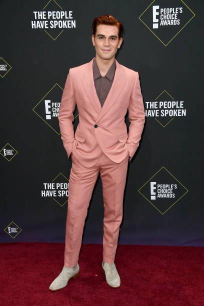 2019 E! People's Choice Awards - Arrivals:ニュース(壁紙.com)