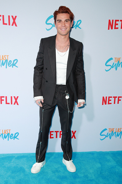 "KJ Apa「Special Screening Of Netflix's ""The Last Summer"" - Arrivals」:写真・画像(14)[壁紙.com]"